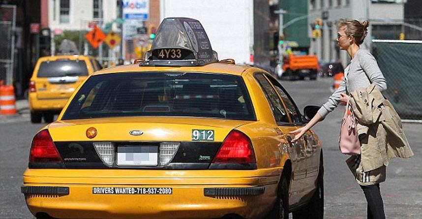 naik-taxi-aman-di-jepang